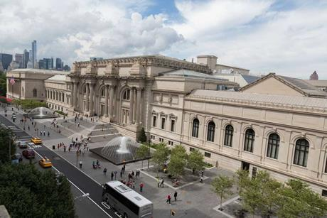 The Metropolitan Museum of Art on Fifth Avenue, New York