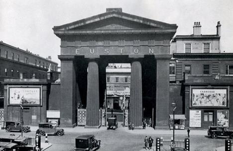 The Euston Arch, demolished despite JM Richards' disapproval
