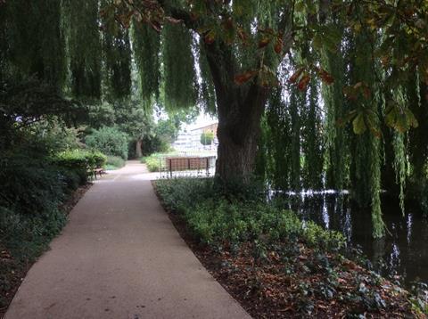 Hemel Hempstead water garden