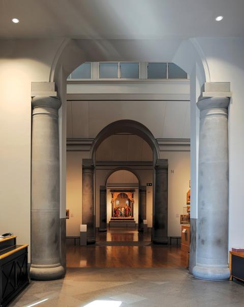 National Gallery Sainsbury Wing by Venturi Rauch and Scott Brown