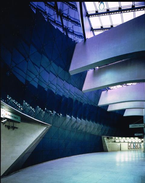 MJP's Southwark Tube station - intermediate concourse