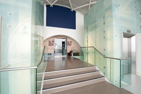CR Laurence's Taper-Loc system was used to install glass barriers at the Imperial War Museum in London